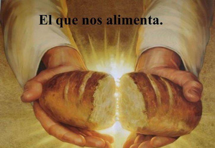 Jesucristo se entregó a sus discípulos como el Pan de vida eterna y los invitó en la Eucaristía a participar de su Pascua.  (vivoincristo.com)