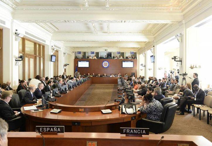 La convocatoria de Colombia ante la Organización de los Estados Americanos (OEA) para convocar a una reunión de consulta de cancilleres para discutir la crisis migratoria con Venezuela fracasó este lunes 31 de agosto de 2015, al no obtener la mayoría necesaria para aprobar la solicitud. (Notimex)