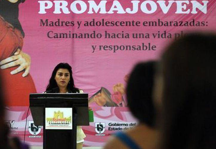 En su primera fase, el programa apoya a 102 jóvenes yucatecas. (Cortesía)
