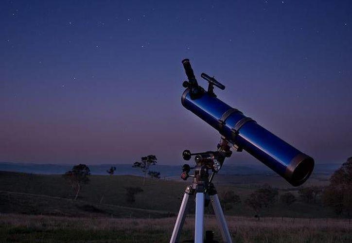 Los telescopios se darán a las escuelas que hayan participado en la convocatoria del Club de Astronomía en Quintana Roo. (Redacción/SIPSE)