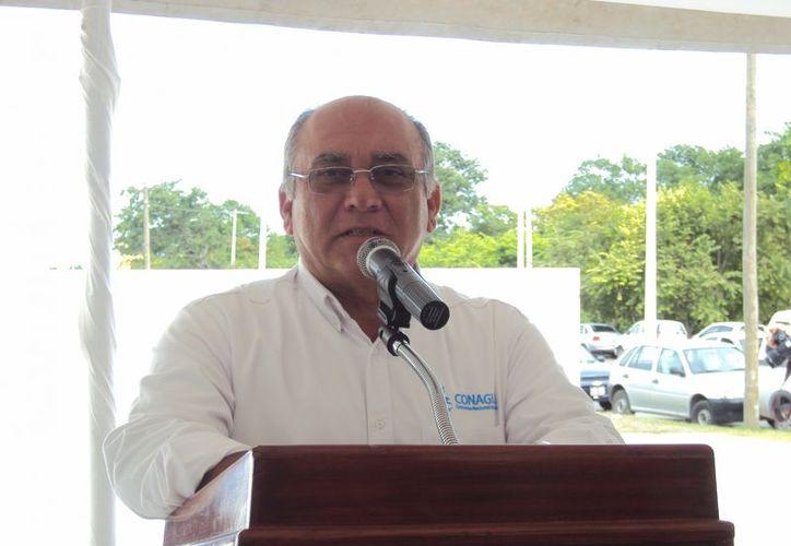 Arizmendi Guadarrama, de la Conagua fue el encargado de anunciar la nueva forma de pago. (Redacción/SIPSE)
