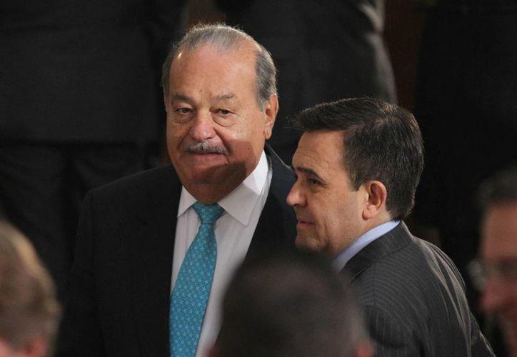 Carlos Slim anunciará en televisa la entrada de AT&T al mercado mexicano. (Archivo/Notimex)