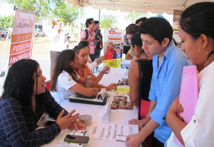 Llegó a Ciudad Caucel el programa Bolsa de Trabajo en tu Colonia, que implementó la Secretaría del Trabajo y Previsión Social (STPS) del Gobierno del Estado. (Fotos cortesía)