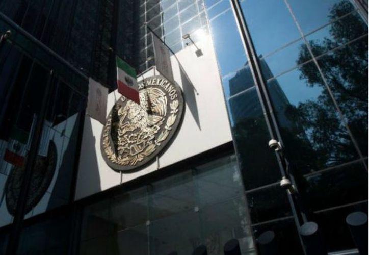 """Enrique """"N"""" fue detenido por personal del Ministerio Publico de la Federación. (López Dóriga)"""