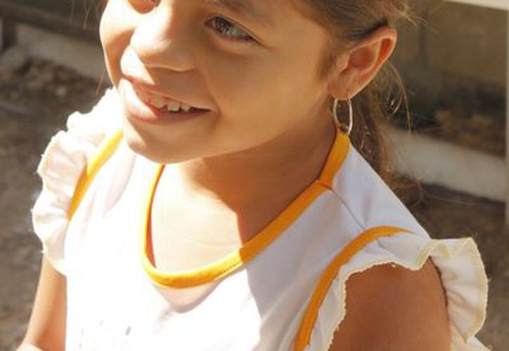 Jenifer quiere ser maestra cuando sea grande. (Jesús Tijerina/SIPSE)