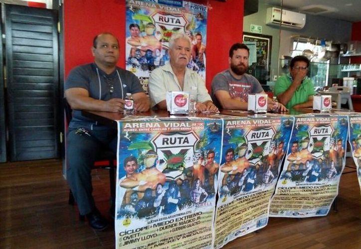 Los organizadores dieron a conocer que las actividades comenzarán esta noche en punto de las 21 horas en la Arena Vidal. (Miguel Maldonado/SIPSE)