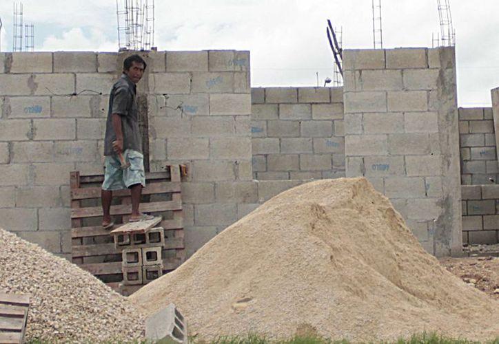 Durante 2014 se ejercieron 184 millones de pesos en obras de infraestructura en Chetumal. (Harold Alcocer/SIPSE)