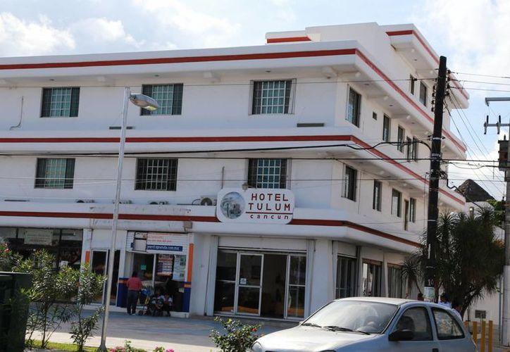 Los hoteles del centro de la ciudad ofertan cinco mil 500 cuartos. (Israel Leal/SIPSE)