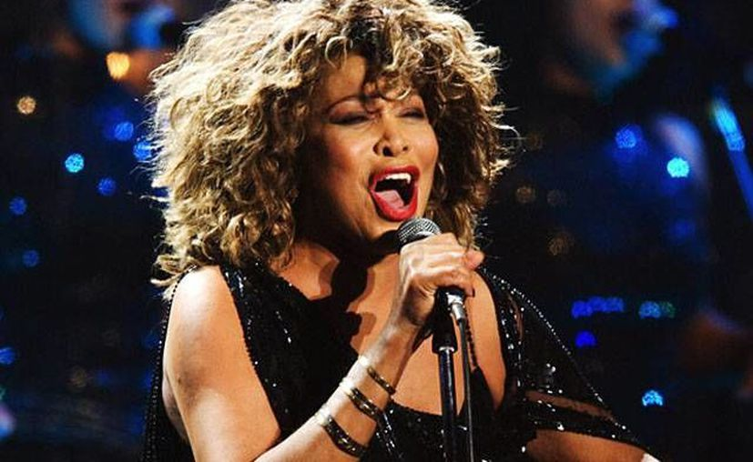 Tina Turner fue muy famosa en las décadas de los 70 y 80. (coveralia.com/Archivo)