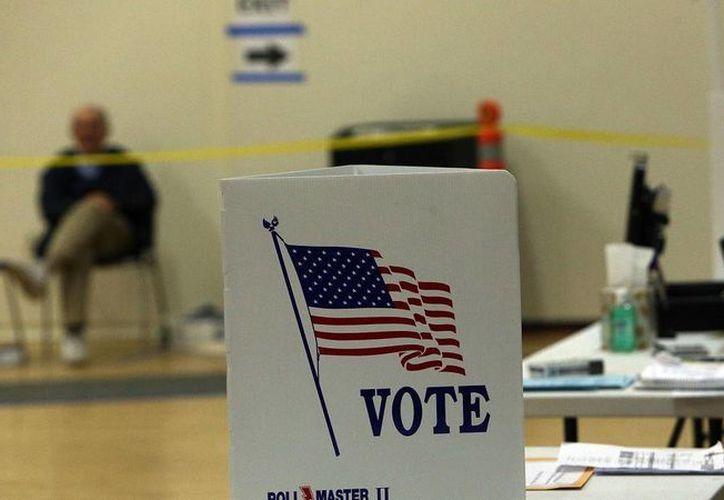 Las elecciones presidenciales de noviembre en EU 'dispararon' el interés de miles de inmigrantes en obtener la ciudadanía y poder votar. (Archivo/Agencias)