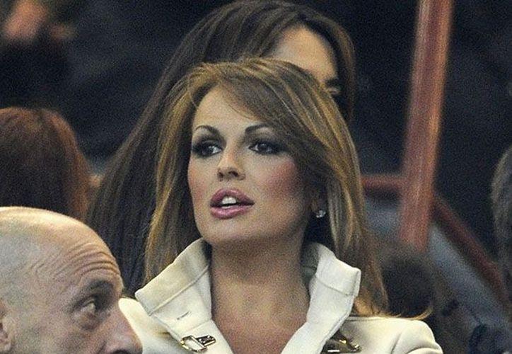 Silvio Berlusconi presentó a su nueva novia, Francesca Pascale. (Agencias)