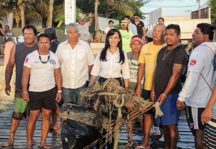 Laura Fernández, anunció que se entregará mil 500 pesos a cada beneficiario. (Foto: Redacción)