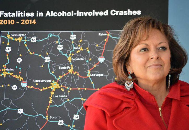 Susana Martínez, gobernadora de Nuevo México, fue grabada ebria en una fiesta que ofreció en un hotel. (AP)
