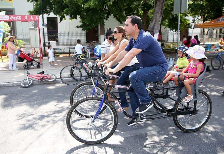 El alcalde Mauricio Vila Dosal celebró con su familia el 10o Aniversario de la Biciruta en Paseo de Montejo. (Fotos. Ayuntamiento de Mérida)