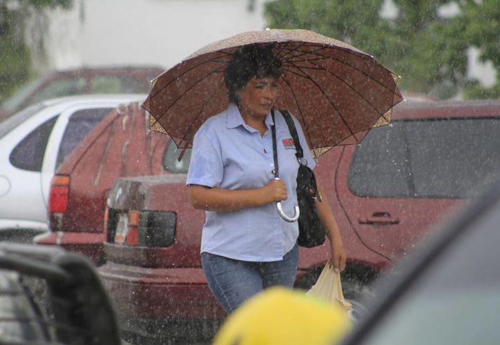 Las lluvias continuarán en los próximos días. (Sergio Orozco/SIPSE)