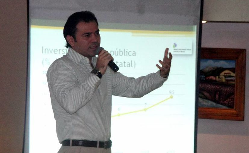 El secretario técnico del Gabinete, Planeación y Evaluación del Gobierno del Estado, Guillermo Cortés González. (SIPSE)