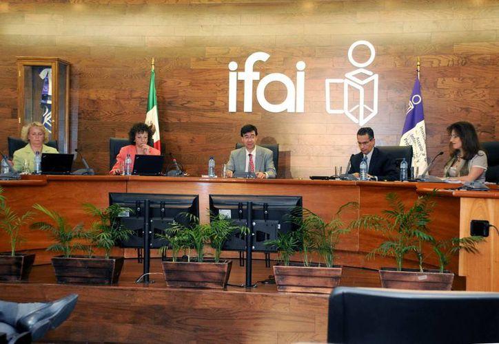 El IFAI consideró insuficiente la información que la CFE entregó previamente. (Notimex)