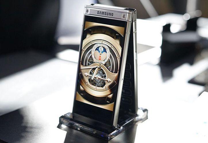 El W2018 de Samsung incluye la cámara con mayor apertura: de 12 megapíxeles. (Foto: Contexto)