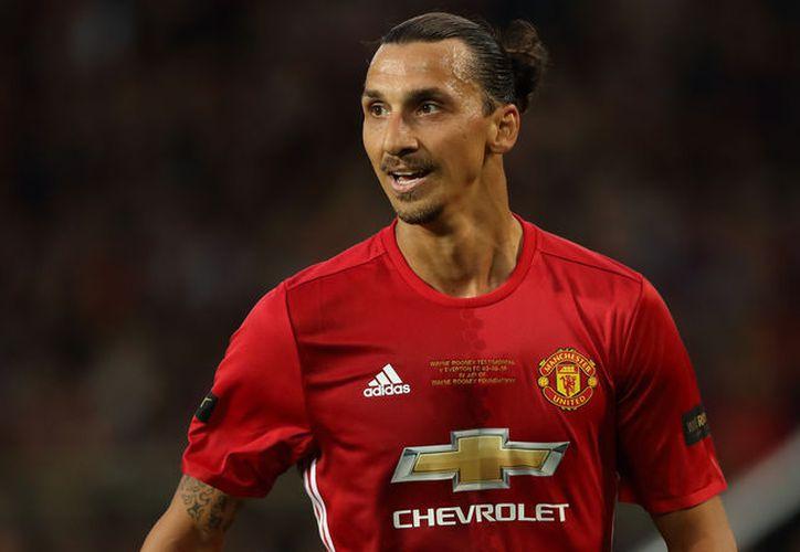 Zlatan apareció en la lista oficial de jugadores que no renovarán sus contratos con Manchester. (Foto: Contexto/Internet)