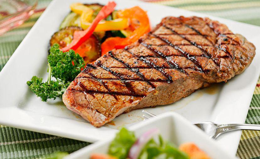 En el estudio, las altas cantidades de proteína tenían una probabilidad de sufrir un paro cardíaco un 33% más alta. (Internet)