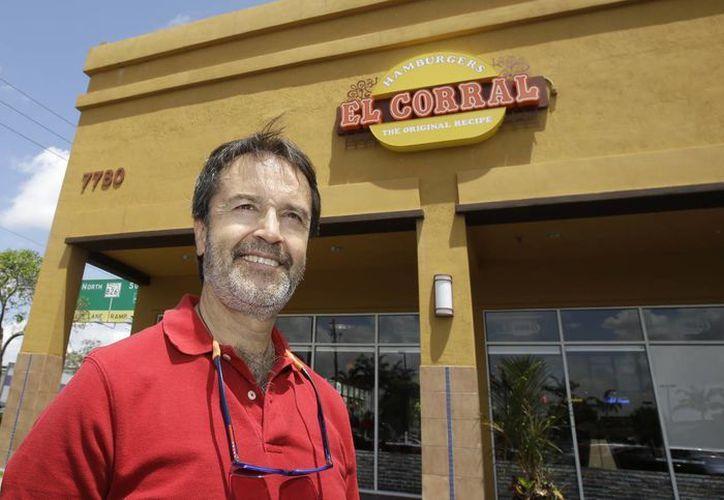 Juan M. Patino, vicepresidente de 4JS Restaurant Management, una empresa creada para liderar la expansión de la cadena de hamburguesas El Corral de Colombia en los Estados Unidos. (Agencias)