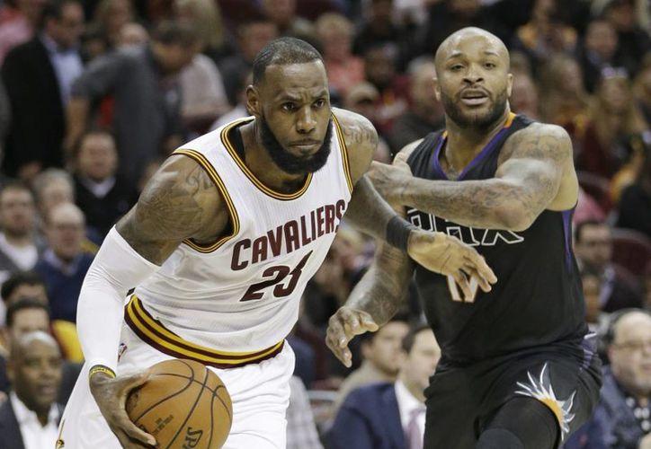 LeBron James es uno de los astros de la NBA que vuelve al Juego de Estrellas. (AP)