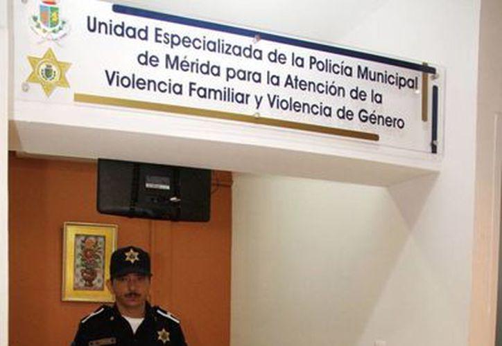 La Unidad Especializada para la Prevención y Atención de la Violencia Familiar y de Género de la Policía Municipal de Mérida ha recibido, en dos años, 319 denuncias. La imagen es del módulo que opera en el centro de la ciudad. (Cortesía)