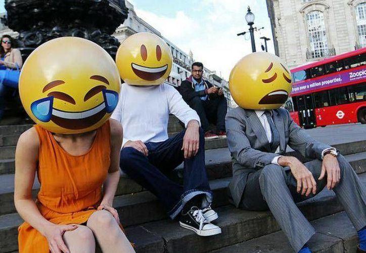 Una encuesta realizada en 2014 de mil personas en Estados Unidos mostró que sólo el 54% de los usuarios de emoticones estaban en el rango de edad de 18-34 años. (Foto: Foter)
