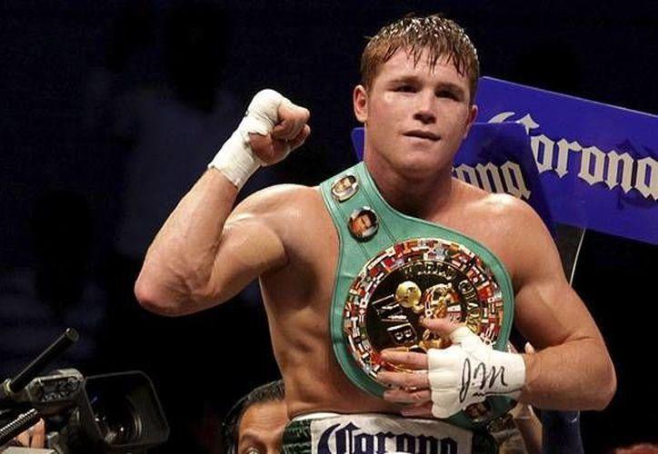 'Canelo' Álvarez fue demandado por incumplimiento de contrato por parte de la promotora. El boxeador admite no tener la culpa de haber firmado alguna extensión salarial.(Notimex)