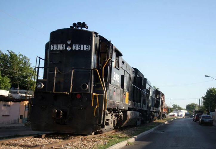 En 2014 se licitarán obras para reactivar la actividad ferroviaria en Yucatán. (Milenio Novedades)