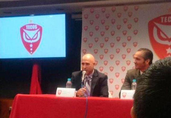 Rueda de prensa en la que directivo de la UAG anunciaron el regreso de la franquicia al futbol mexicano profesional, pero esta vez, desde 'abajo': en la tercera división. (Twitter: @TecolotesUAG)