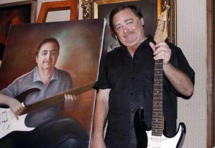 Jorge Carlos Torre Aguilar, un apasionado de la música romántica. (Milenio Novedades)