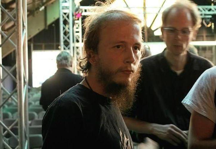 Gottfrid Svartholm Warg, cofundador del popular portal The Pirate Bay, había escapado a Camboya, desde donde fue extraditado a Suecia en 2012. (fresh--news.com)