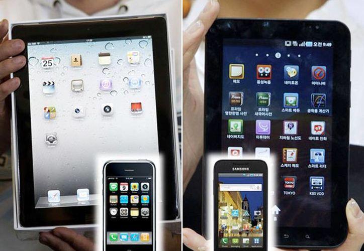 Apple solicitó prohibirle a Samsung sacar del mercado a 23 modelos anteriores de teléfonos multiusos y tabletas muy parecidas al iPhone y el iPad. (Internet)