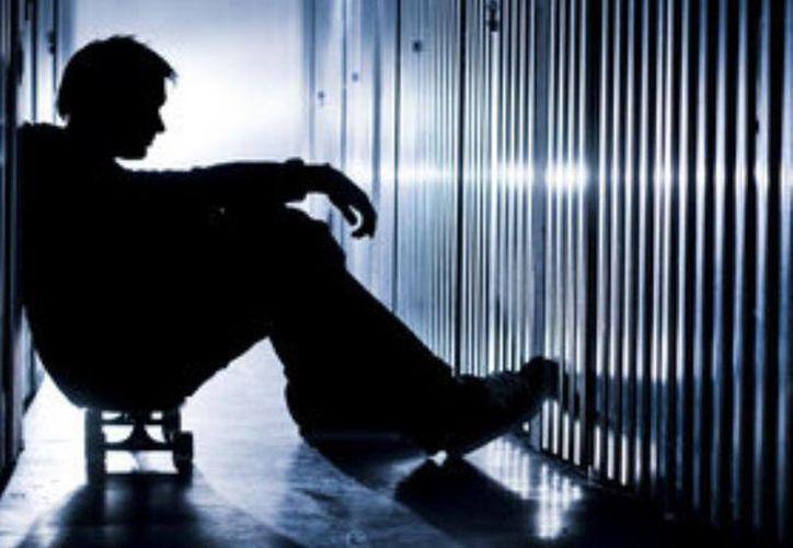 La tasa de suicidios presentó una tendencia creciente entre 2000 y 2013, al elevarse de 3.5 a 4.9 suicidios por cada 100 mil habitantes. (Contexto/Internet)