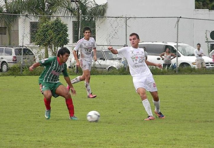 El último goleador de Ejidatarios en el campeonato de Tercera División fue Edgar Alamilla. (Archivo/SIPSE)