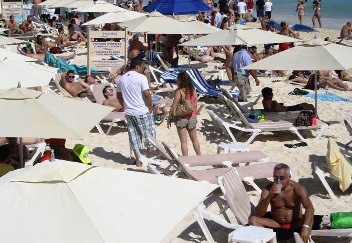 El turismo de reuniones representa el 30% del total de visitantes que recibe la Riviera Maya. (Octavio Martínez/SIPSE)