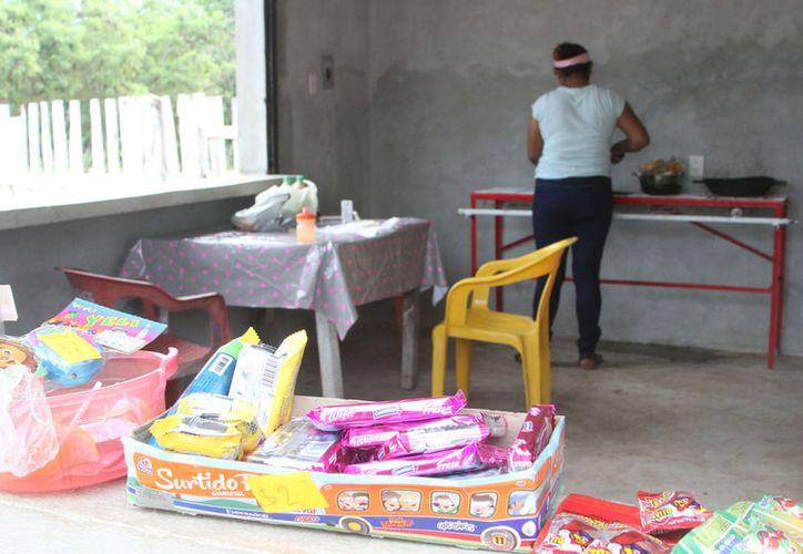 Seis comedores comunitarios de diferentes comunidades rurales de Othón P. Blanco serán rescatados. (Joel Zamora/SIPSE)