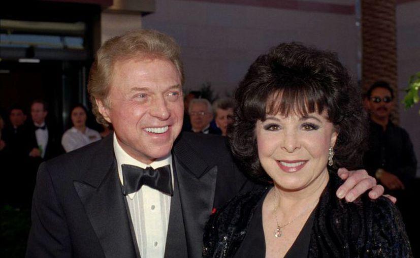 La popular cantante estadunidense fue reconocida porque junto a su esposo, Steve Lawrence, mantuvieron vivo el repertorio clásico de música pop.(Agencias)