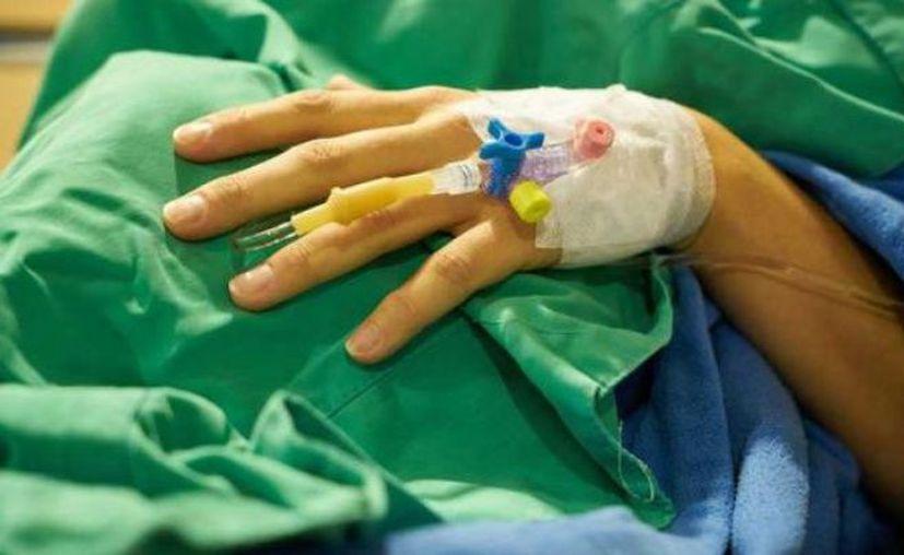 Tras algunos estudios, la doctora descubrió que el hombre nunca había tenido cáncer, que su enfermedad era vasculitis. (Debate)