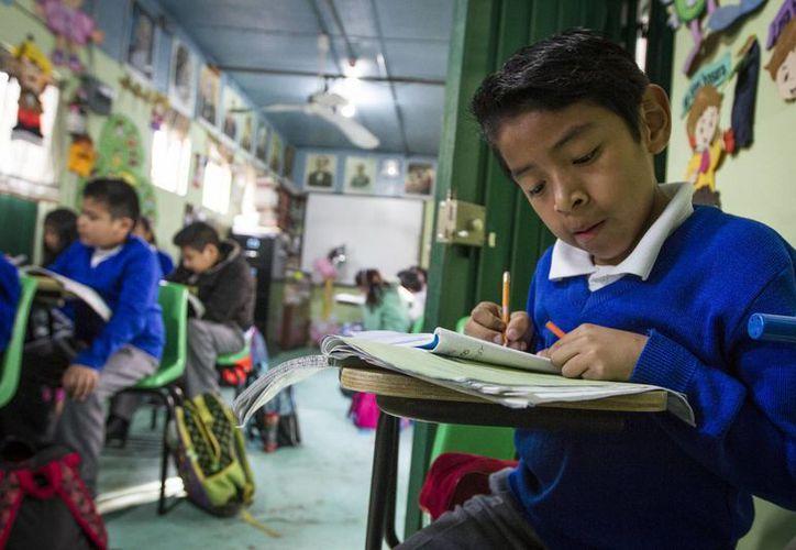 Los niveles de aprendizaje son comparados incluso con países africanos o asiáticos de bajo desempeño. (Archivo/Notimex)