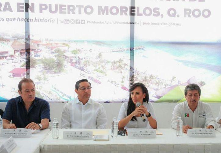 Las autoridades se reunieron en la sala de juntas del Palacio Municipal. (Cortesía)
