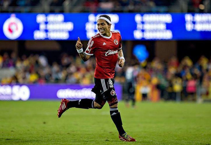 Con dos goles de Dayro Moreno, Xolos ganó 2-0 a Monarcas en el primer partido de la Liga MX, muy importante en la lucha por el no descenso. (univision.com)