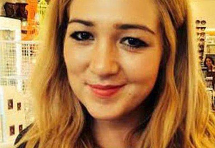 Elizabeth intentó sin éxito quitarse la vida tomando pastillas en agosto pasado; un mes después decidió colgarse. (dailymail.co.uk)