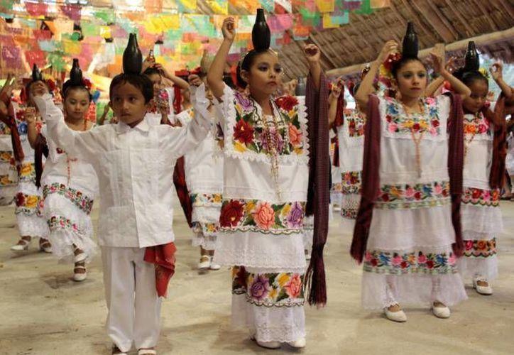 Además se destinarán 32 millones de pesos para la realización de proyectos en Cozumel, como el Congreso Nacional de Danza Folclórica. (Cortesía)