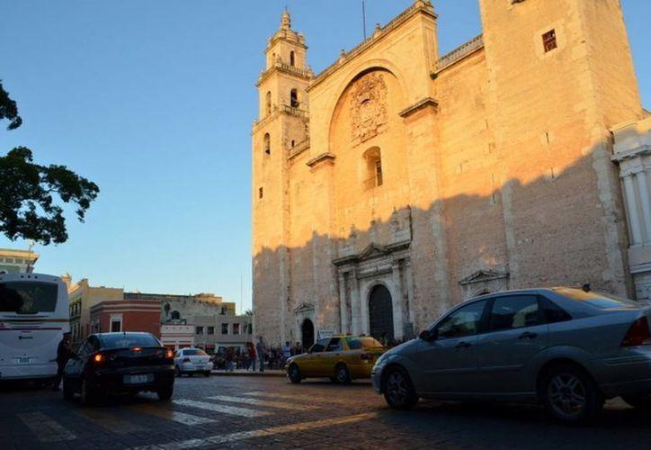 La primera catedral en suelo continental américano, que es la de Mérida, postulará ante la Unesco por ser reconocida como patrimonio de la humanidad. (SIPSE)
