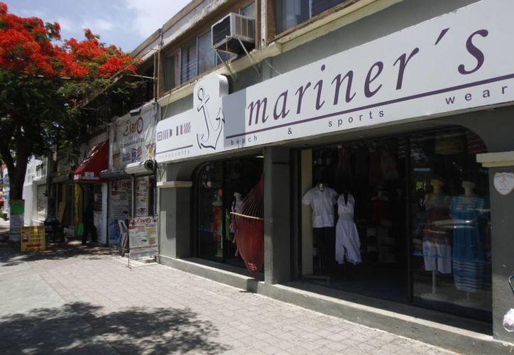 Más de mil negocios en Cancún ofrecerán premios o descuentos a sus compradores (Israel Leal/SIPSE)