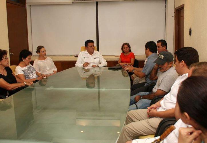 El alcalde encabezó la reunión con los integrantes del consejo. (Cortesía/SIPSE)