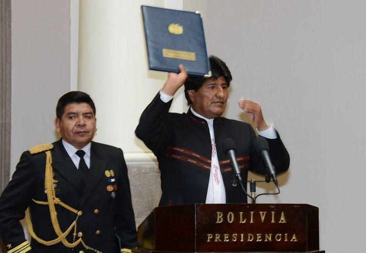 Morales asegura que el modelo económico que se aplica en Bolivia logró levantar el país. (EFE)