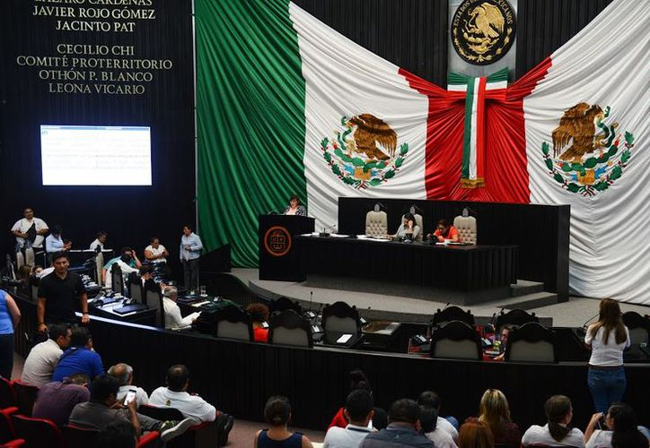 La XV Legislatura del Congreso Local dio entrada a la iniciativa de Decreto por el que se crea el Reglamento de Gestión Social del Poder Legislativo del Estado de Quintana Roo. (Foto: Benjamín Pat / SIPSE)